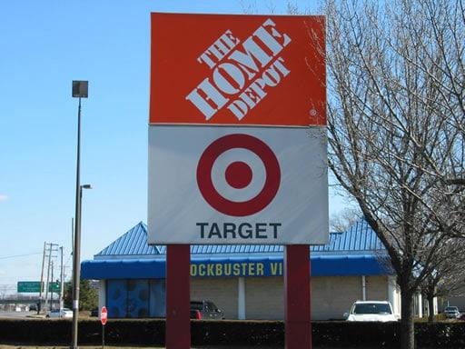 Dữ liệu thẻ tín dụng của Target và Home Depot bị đánh cắp - Năm 2013 & 2014