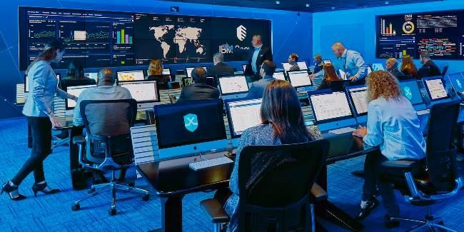 IBM ra mắt nền tảng bảo mật mở để bảo vệ môi trường hybrid multicloud